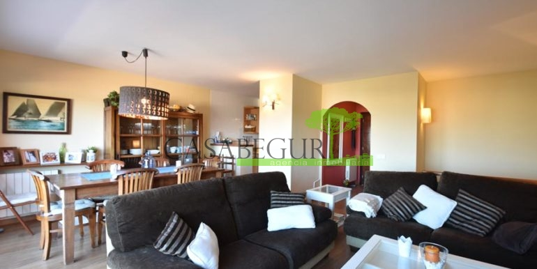 ref-1209-sale-house-center-town-sea-views-costa-brava-casabegur-12