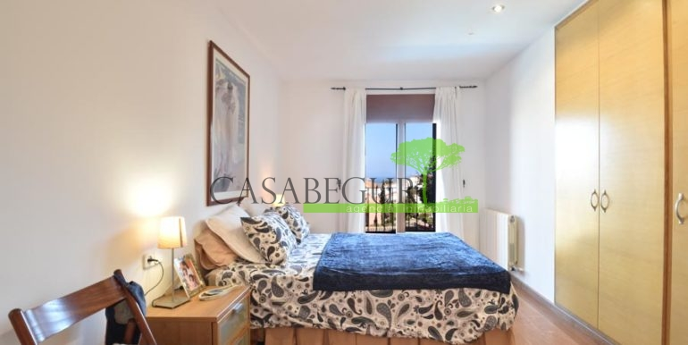 ref-1209-sale-house-center-town-sea-views-costa-brava-casabegur-19