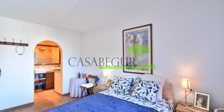 ref-1209-sale-house-center-town-sea-views-costa-brava-casabegur-22