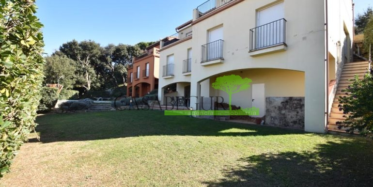 ref-1209-sale-house-center-town-sea-views-costa-brava-casabegur-5