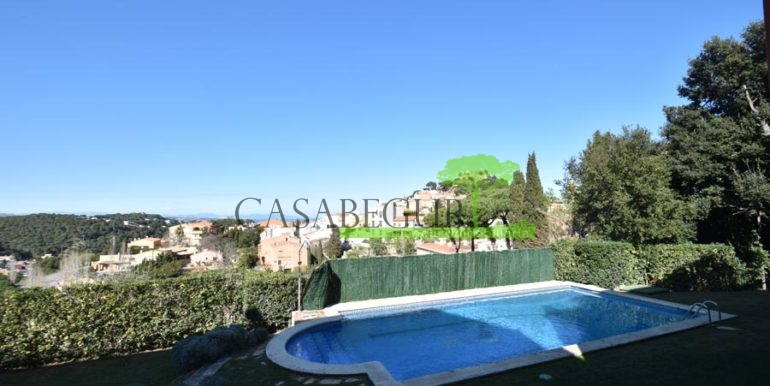 ref-1209-sale-house-center-town-sea-views-costa-brava-casabegur-6