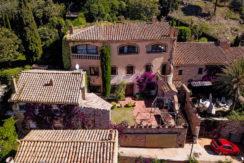 1216- Casa de pueblo en venta en en venta en el centro de Begur, muy soleada