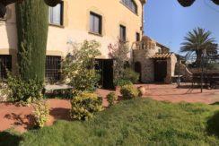 Casa de pueblo en venta en en venta en el centro de Begur, muy soleada