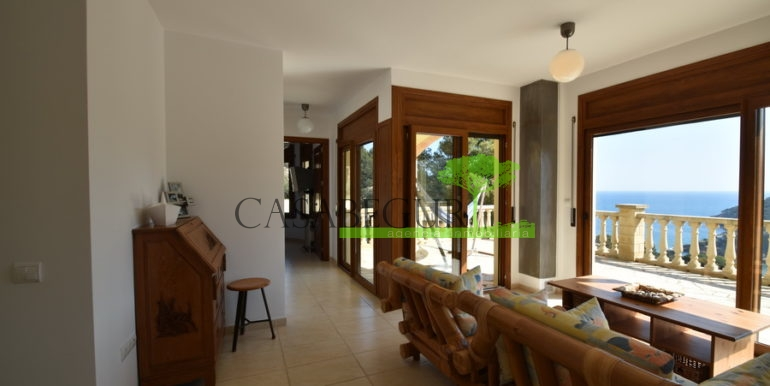ref-1236-villa-vente-vue-mer-17