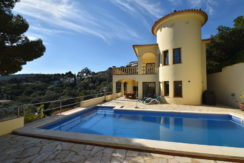 Nice villa with private pool