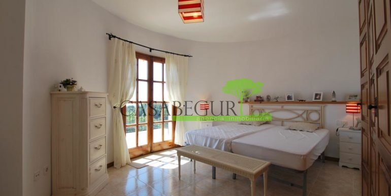 ref-1147-villa-pool-views-sa-tuna-begur-11