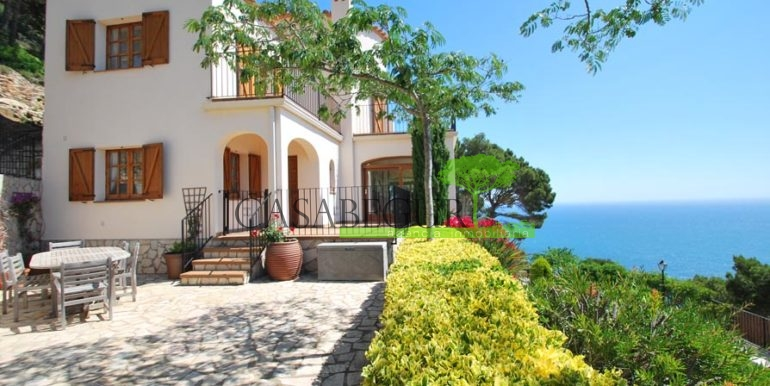 ref-1147-villa-pool-views-sa-tuna-begur-4