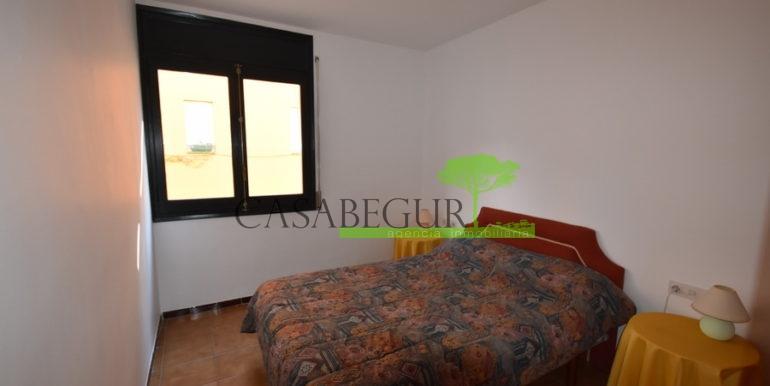 ref-1226-apartamento-centro-pueblo-begur-11