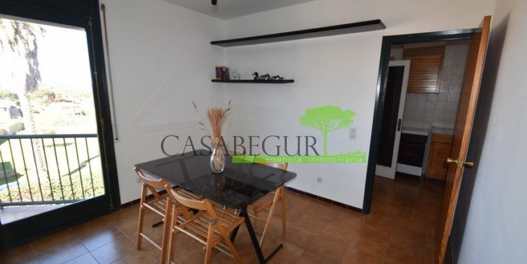 ref-1226-apartamento-centro-pueblo-begur-3