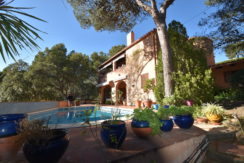 1231-Villa with garden and pool a few minutes from the cove of AiguaXelida.