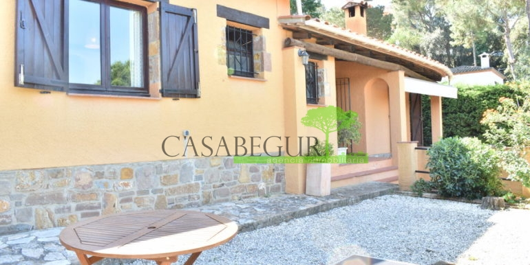 ref-1262-house-for-sale-vente-begur-residencial-costa-brava-2