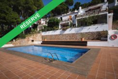 1275- Appartement à La Borna avec une piscine communautaire.