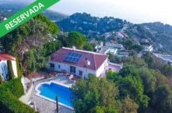 1261- Agradable casa con piscina privada y espectaculares vistas al mar situada en la exclusiva urbanización 'Els Torradors' de Begur.