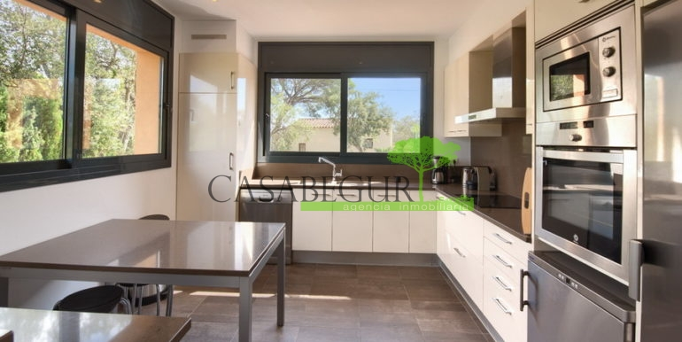 ref-1278-for-sale-villa-casa-campo-pool-begur-casabegur-15