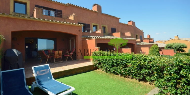 ref-1280-venta-casa-adosada-views-pool-begur-sa-rod1