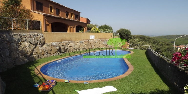ref-1280-venta-casa-adosada-views-pool-begur-sa-rod12