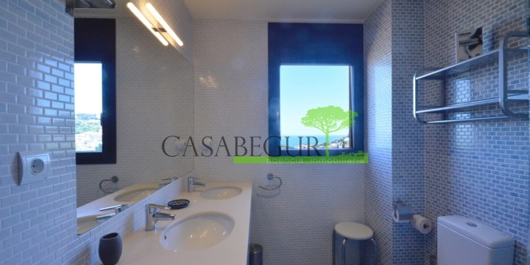 ref-1280-venta-casa-adosada-views-pool-begur-sa-rod7