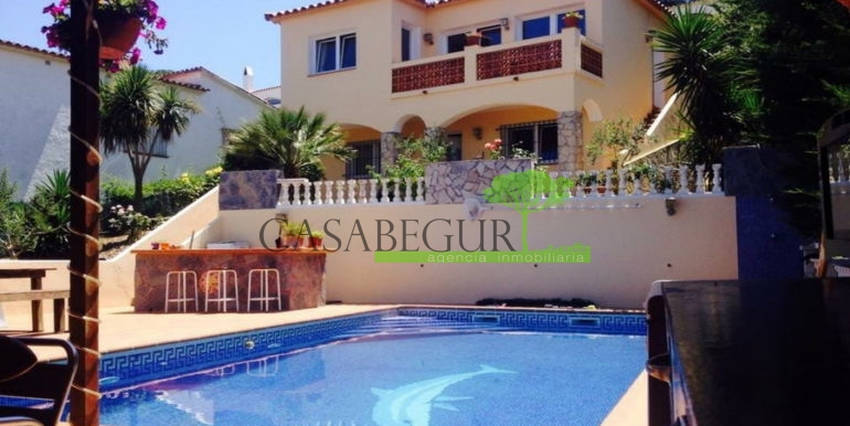 ref-1281-sale-villa-pals-pool-begur-costa-brava-1