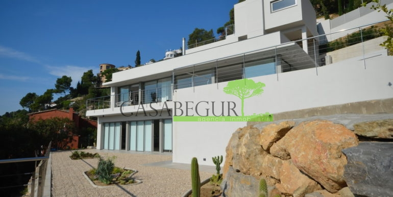 ref-1285-casabegur-sale-villa-aiguablava-pool-sea-view-begur-costa-brava-16