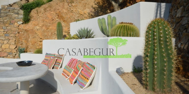 ref-1285-casabegur-sale-villa-aiguablava-pool-sea-view-begur-costa-brava-17