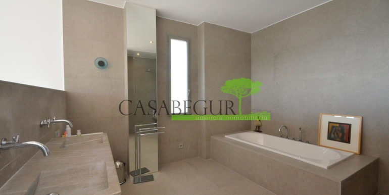 ref-1285-casabegur-sale-villa-aiguablava-pool-sea-view-begur-costa-brava-8