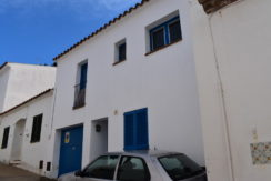 1299 Town house in the center of Begur.