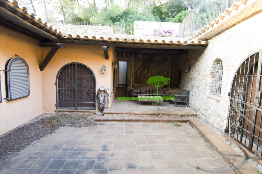 1300 Magnificent house, a few minutes walking  from the beach in Pals