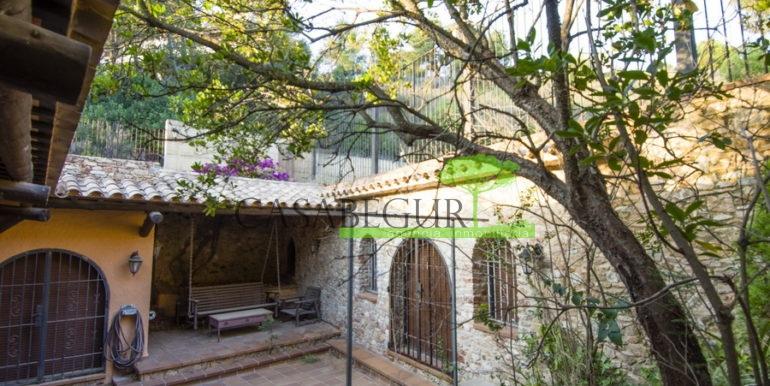 ref-1300-house-for-sale-casabegur-pals-8