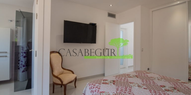 ref-1306-casabegur-sell-villa-sa-riera-sea-vieuw-begur-costa-brava-28