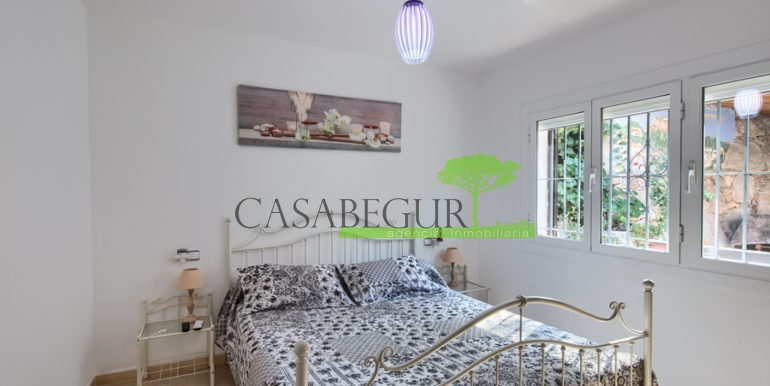 ref-1306-casabegur-sell-villa-sa-riera-sea-vieuw-begur-costa-brava-35