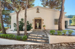 1318 Beautiful traditional style house located in Cala Sa Tuna