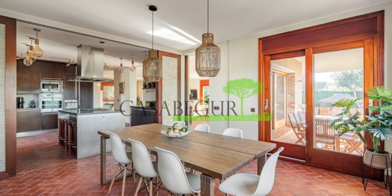 ref-1320-for-sale-palamos-casabegur-view-see-costa-brava-11