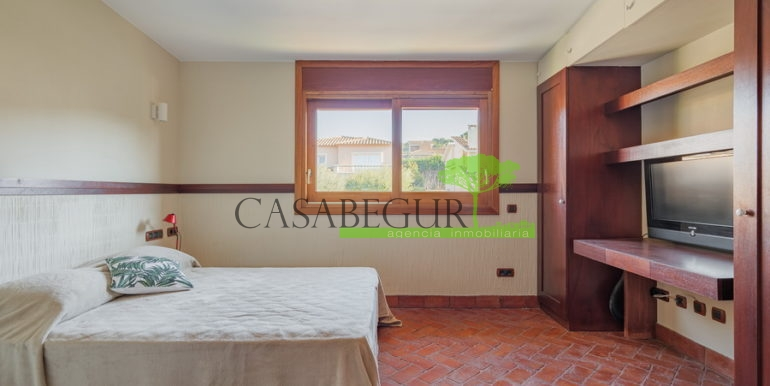 ref-1320-for-sale-palamos-casabegur-view-see-costa-brava-30