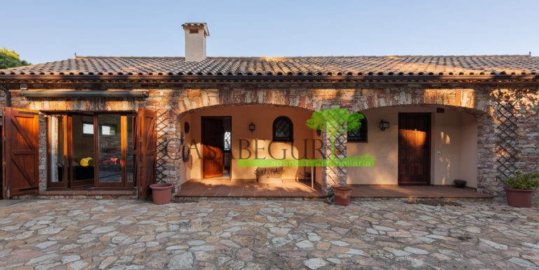 ref-1321-villa-for-sale-casabegur-begur-costa-brava-3