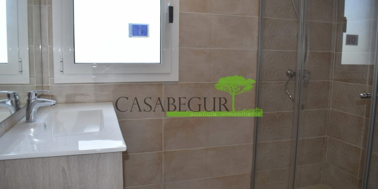 ref-401-casabegur-for-sale-residencial-villa-views-17