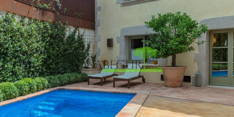 ref-1319-villa-center-begur-pool-2