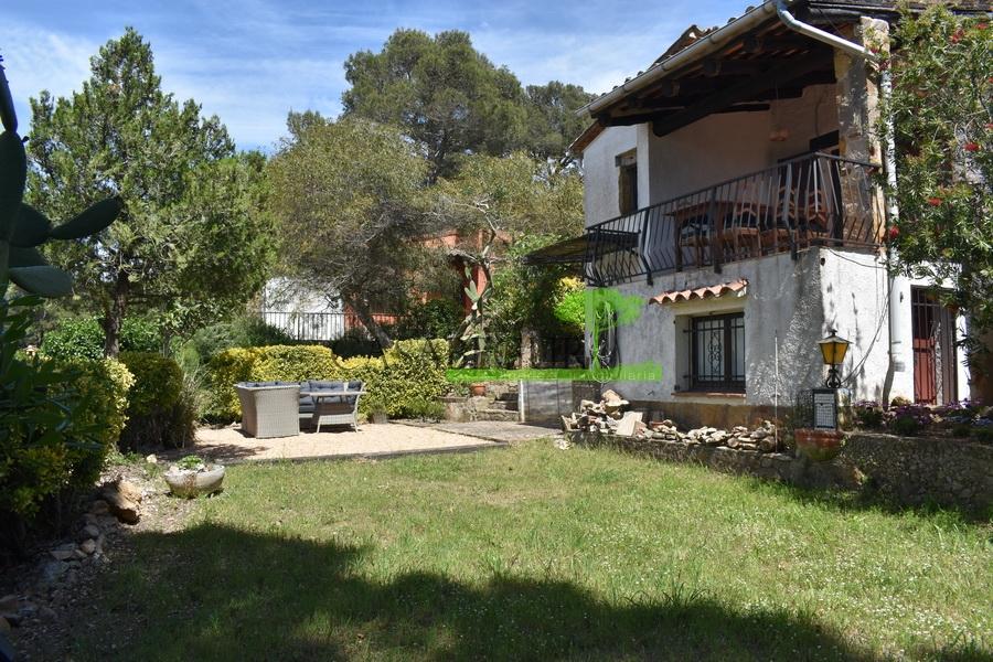 1333 Agréable maison individuelle avec un jardin privé,  dans un quartier calme de Residencial Begur.