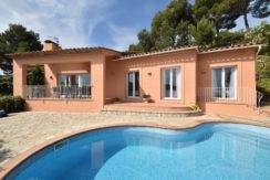 1340 Huis met uitzicht op zee in Es Valls.