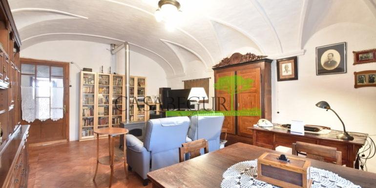 ref-1334-casabegur-for-sale-village-house-center-begur-costa-brava-15