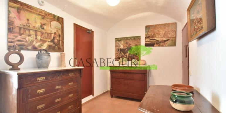 ref-1334-casabegur-for-sale-village-house-center-begur-costa-brava-17