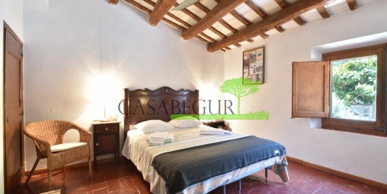 ref-1334-casabegur-for-sale-village-house-center-begur-costa-brava-18