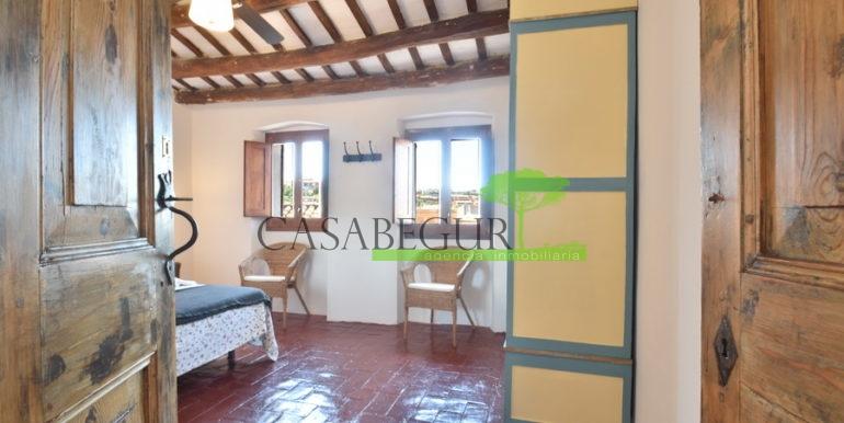 ref-1334-casabegur-for-sale-village-house-center-begur-costa-brava-19