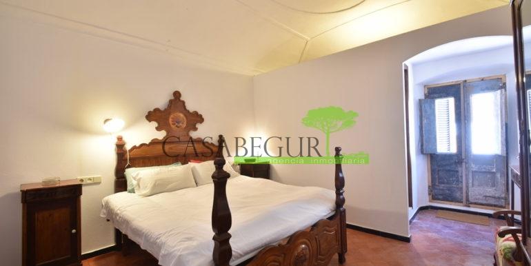 ref-1334-casabegur-for-sale-village-house-center-begur-costa-brava-28