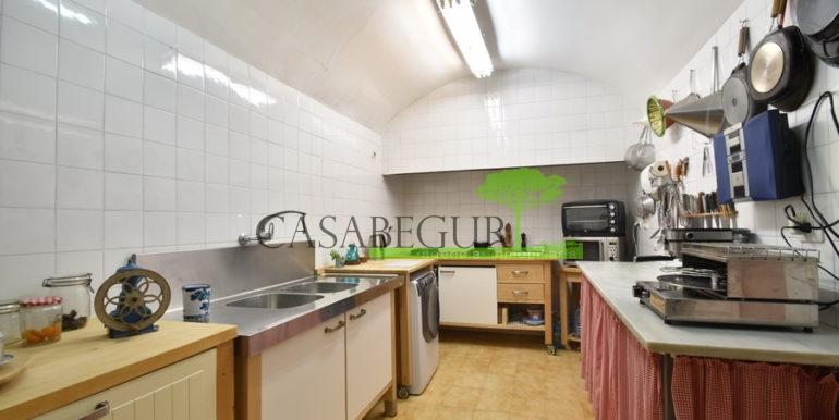 ref-1334-casabegur-for-sale-village-house-center-begur-costa-brava-34