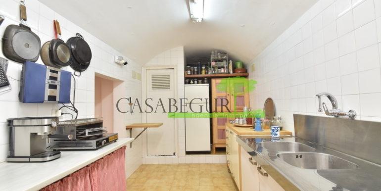 ref-1334-casabegur-for-sale-village-house-center-begur-costa-brava-35