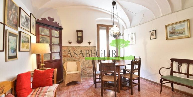 ref-1334-casabegur-for-sale-village-house-center-begur-costa-brava-6