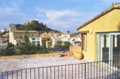 Ref-1353 Village house for sale in the center of Begur