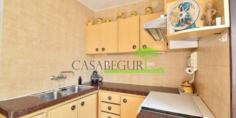 ref-1356-sale-apartment-center-begur-buy-garden-patio-townhouse-15