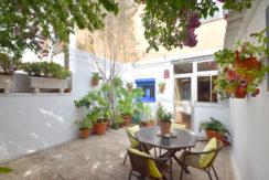Ref-1356 Apartamento / Casa de pueblo en venta en el centro de Begur