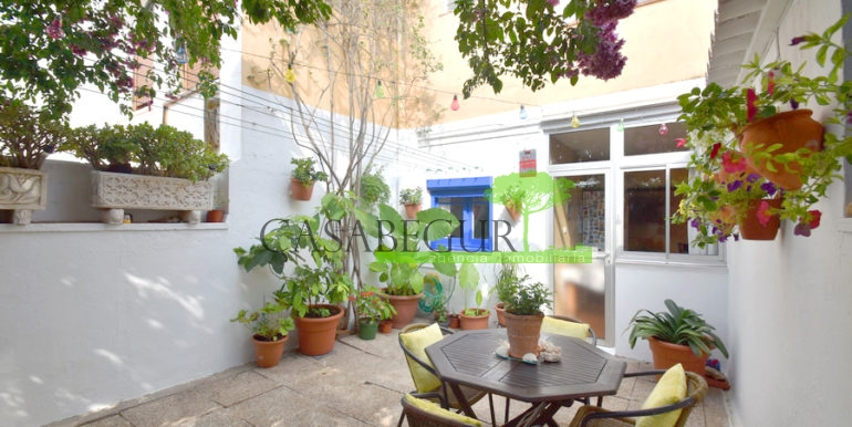 ref-1356-sale-apartment-center-begur-buy-garden-patio-townhouse-2 copia